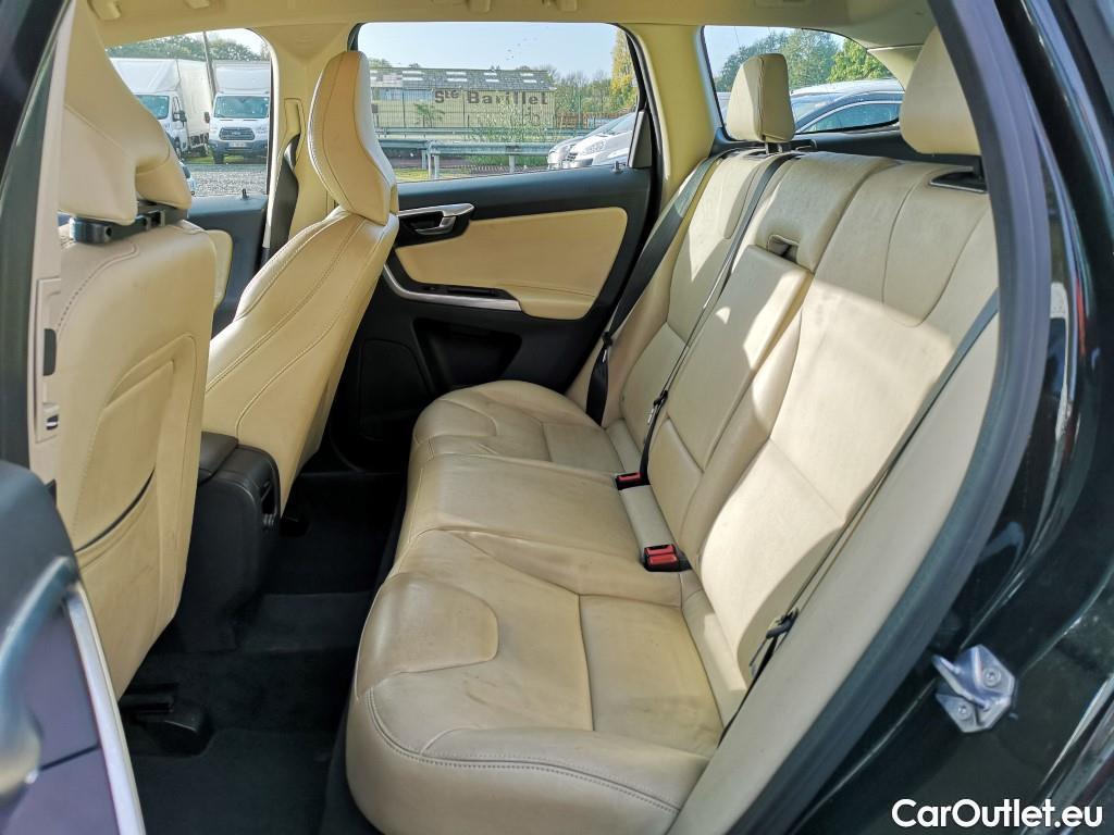 Volvo  XC60  #12