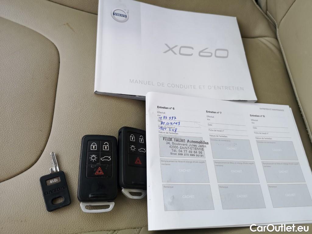 Volvo  XC60  #17