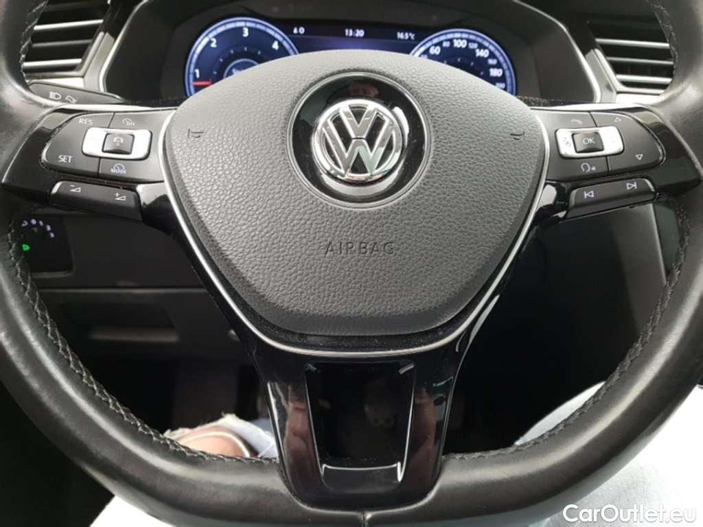 Volkswagen  Passat 1.6 TDI HIGHLINE #5