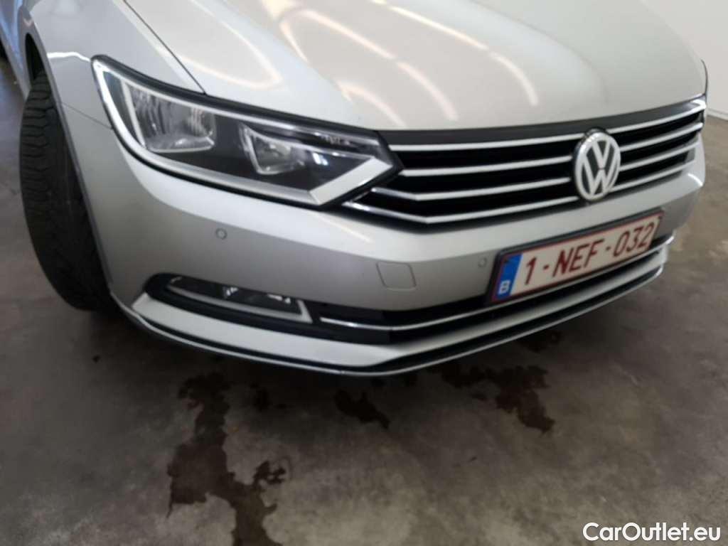 Volkswagen  Passat 1.6 TDI HIGHLINE #10