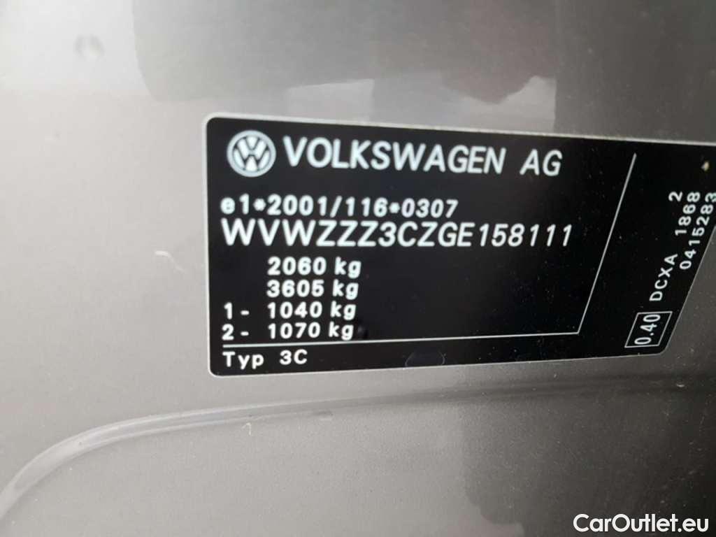 Volkswagen  Passat 1.6 TDI HIGHLINE #26