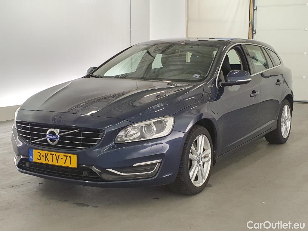 Volvo  V60 2.4 D6 AWD Pl.i Sum. #1