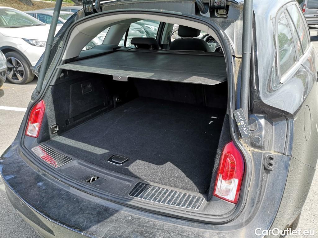Opel  Insignia  Sp Tourer 1.6 CDTI 136ch ecoFLEX Business Edition #4