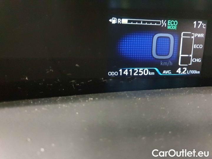 Toyota  Prius 1.8-l-VVT-i Executive #8