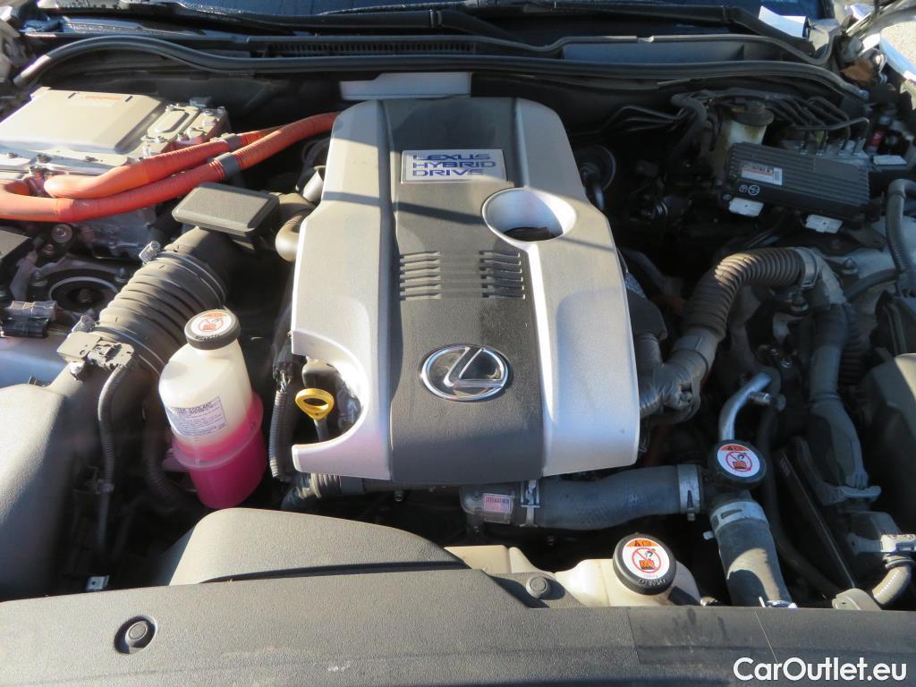 Lexus  IS 2.5 300h Executive #22
