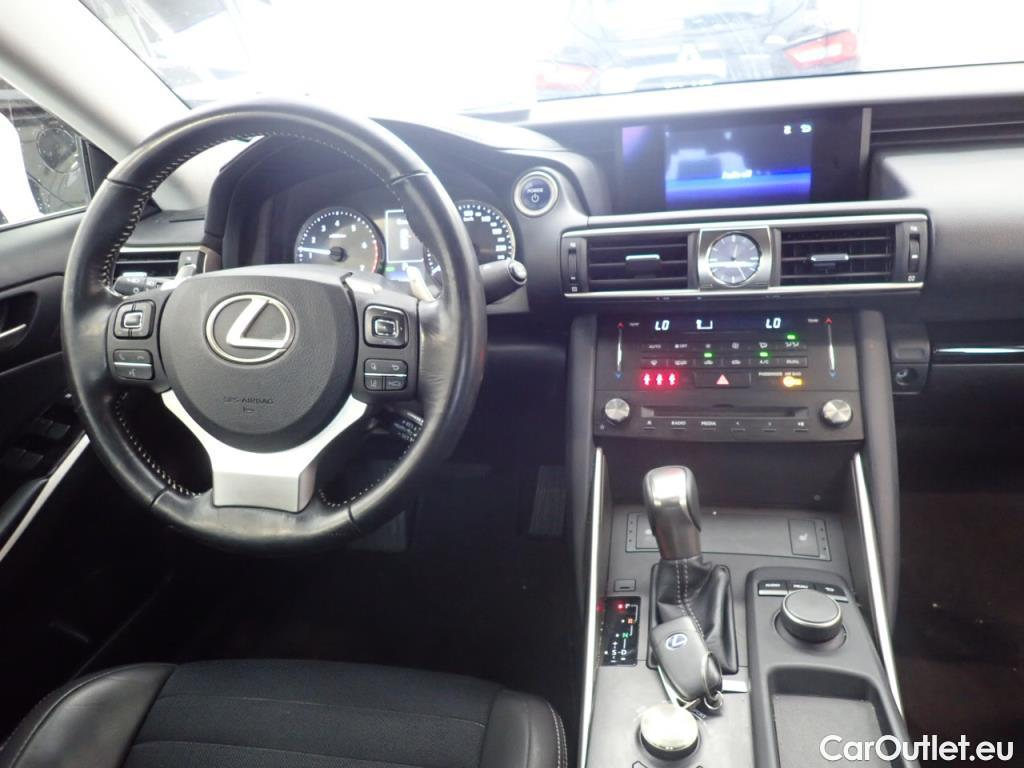 Lexus  IS  300h Pack Business #6