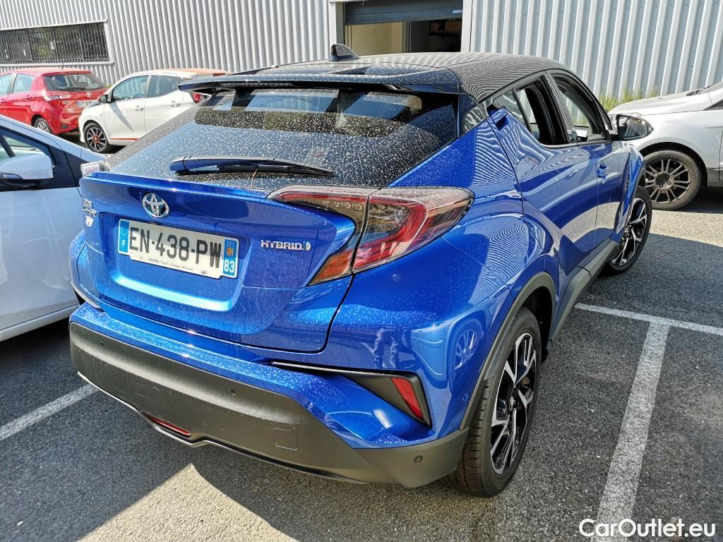 Toyota  C-HR  122h Graphic 2WD E-CVT #3