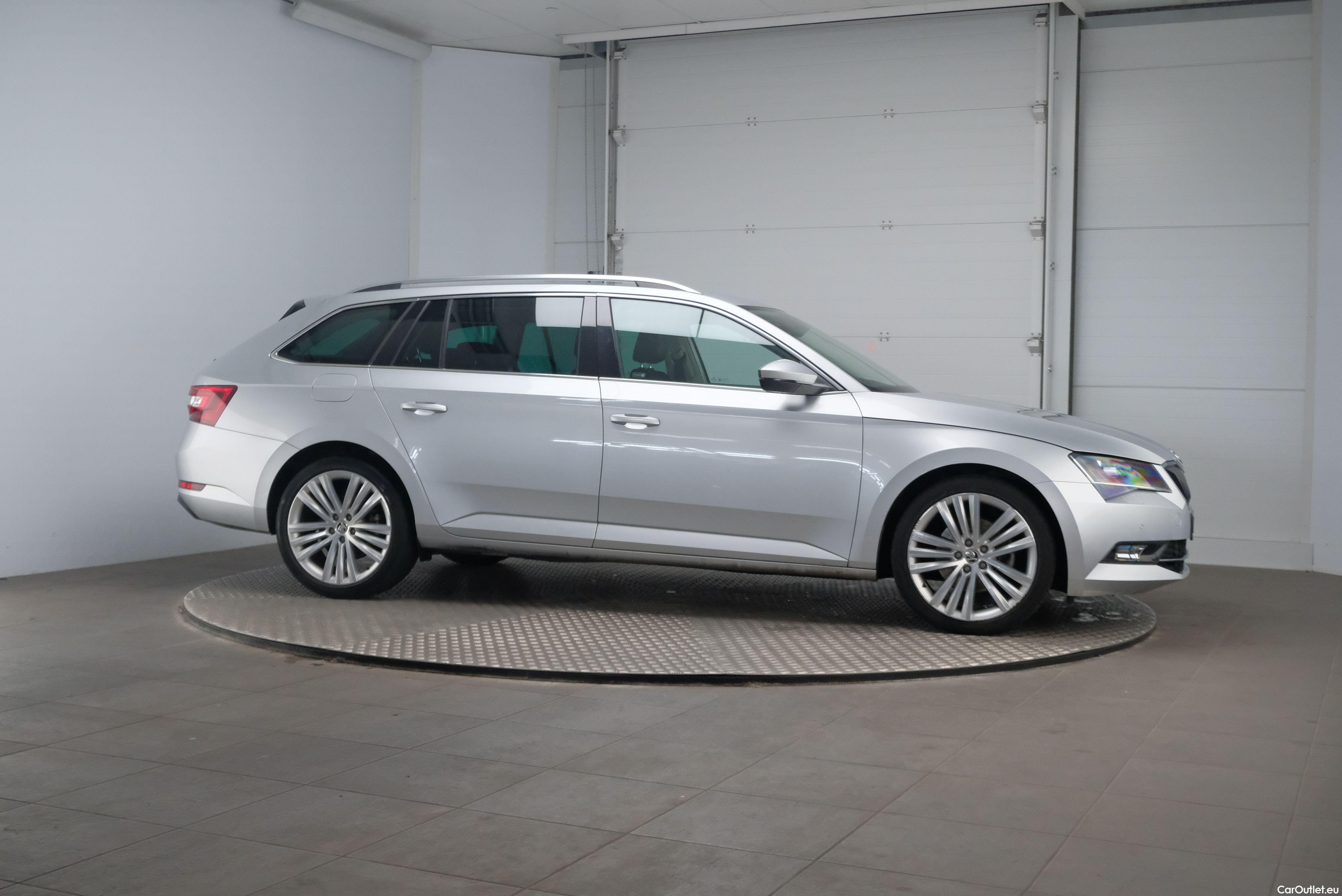 Skoda  Superb 1.6 TDI Ambition Business 5d #5