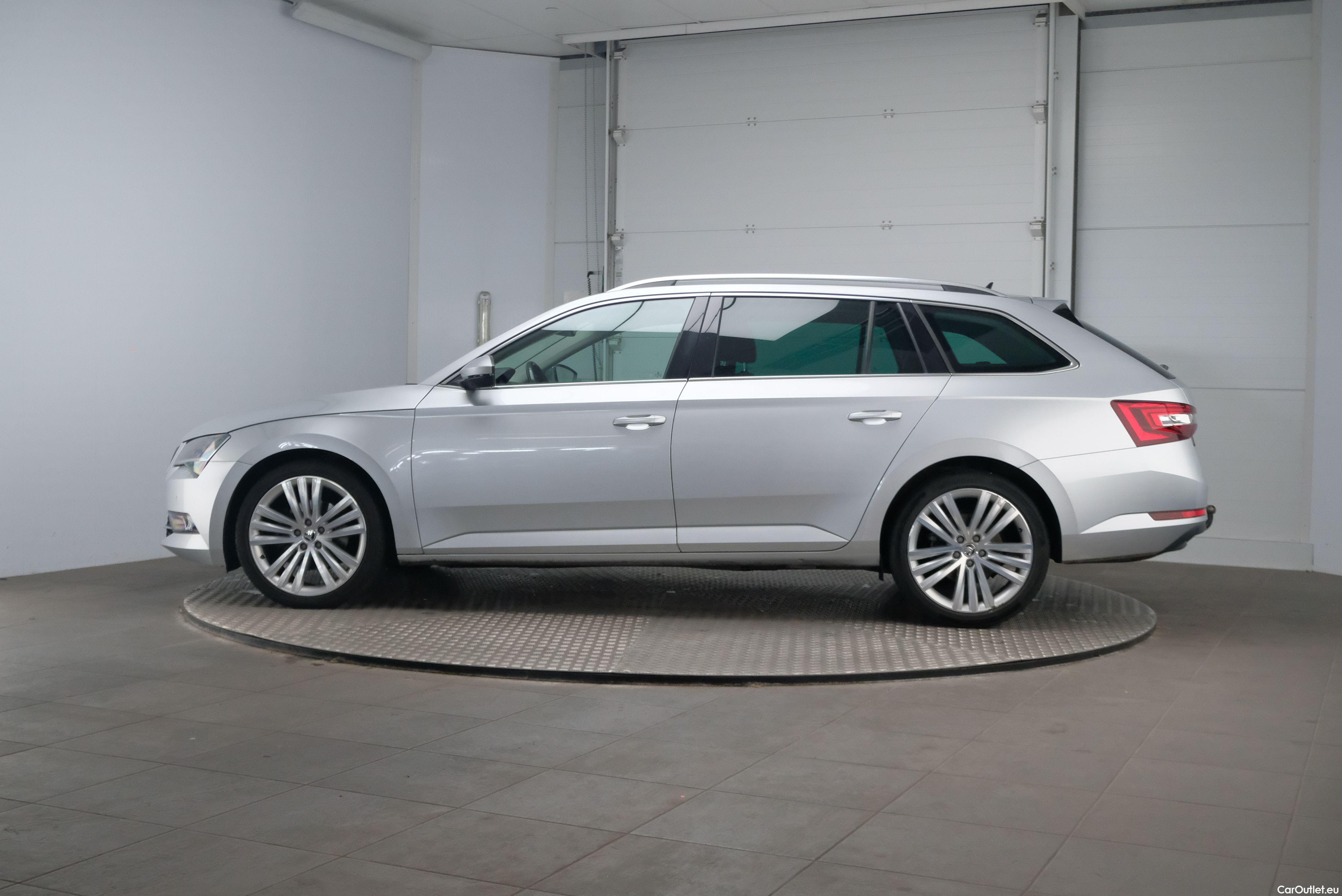 Skoda  Superb 1.6 TDI Ambition Business 5d #2