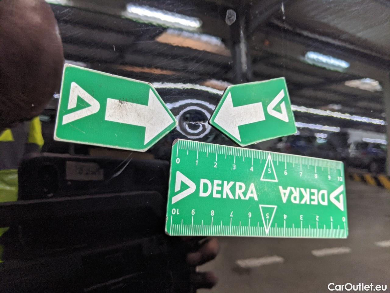 Lexus  NX  2.5 300H Business 2WD AUTO #24