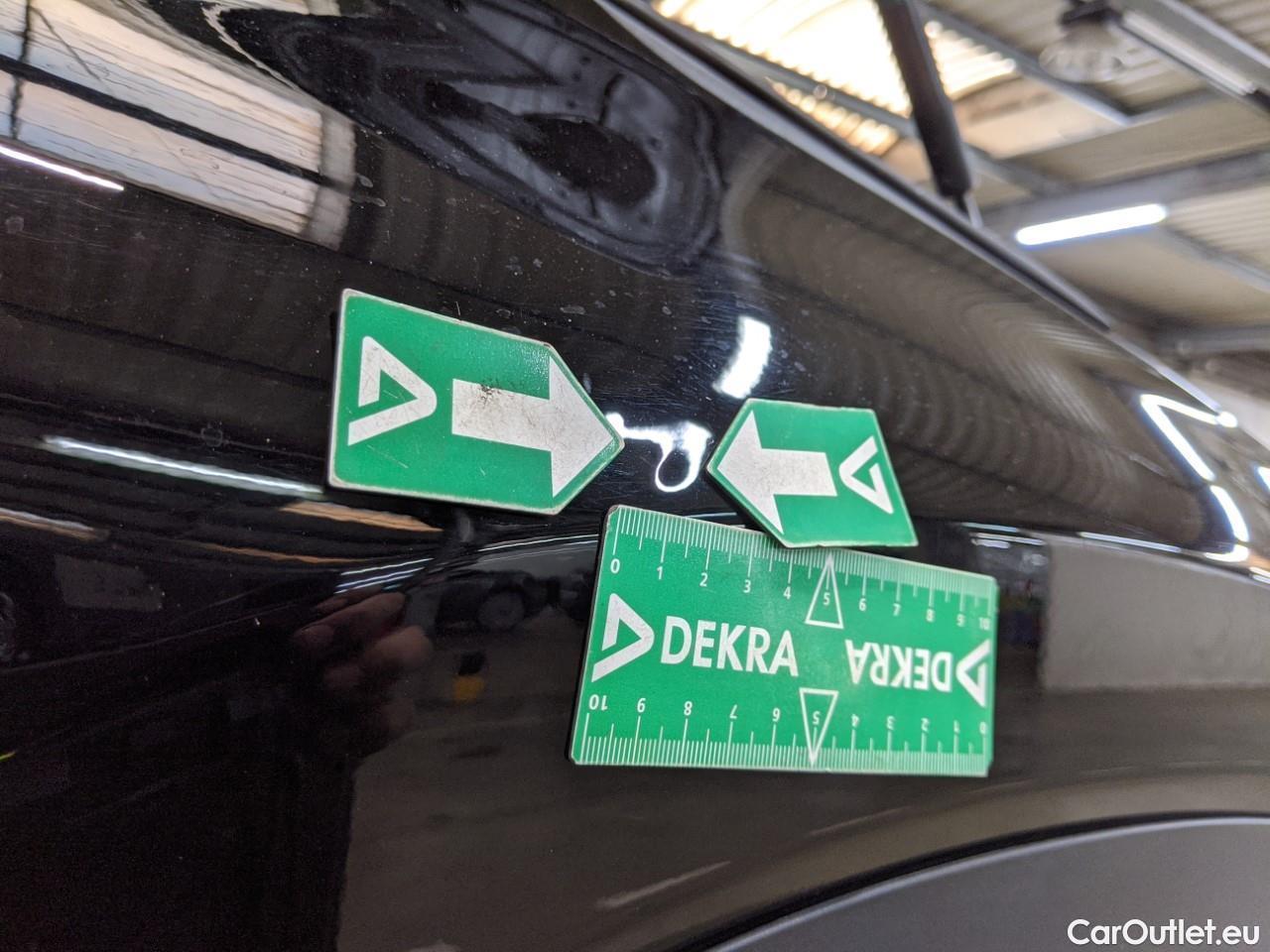 Lexus  NX  2.5 300H Business 2WD AUTO #25