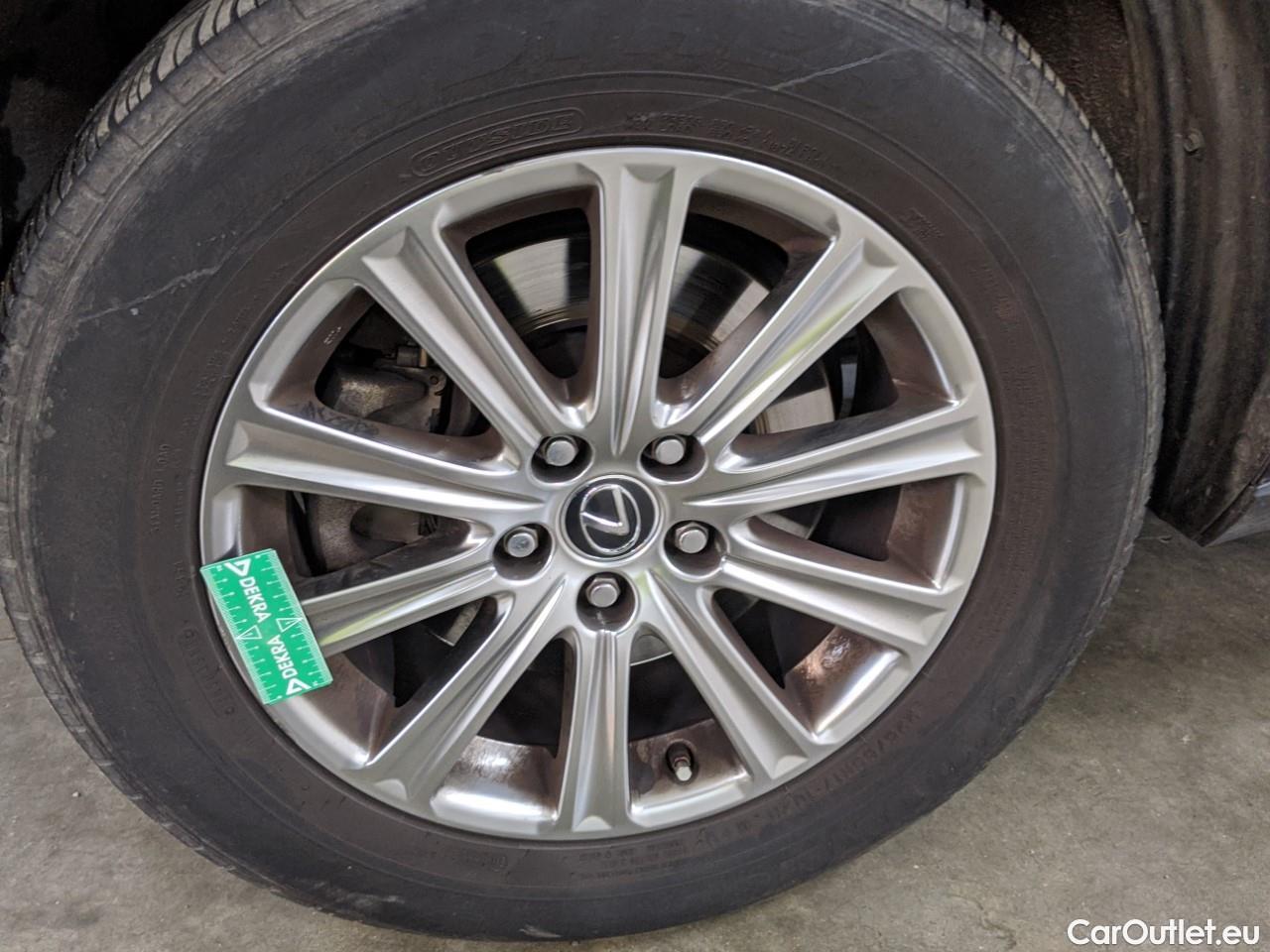 Lexus  NX  2.5 300H Business 2WD AUTO #5