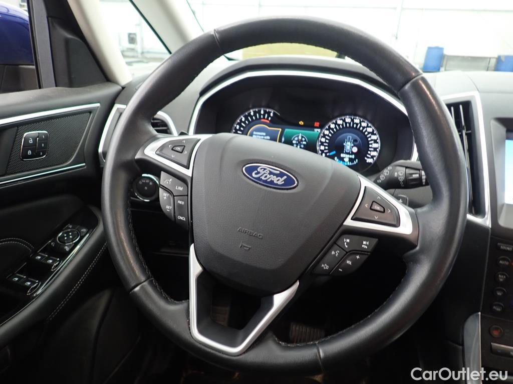 Ford S-Max 2017 - фото 9