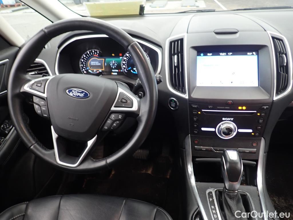 Ford S-Max 2017 - фото 7